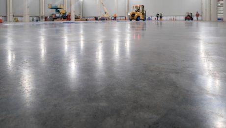 Kiváló műgyanta padló árak várnak Önre is nálunk.